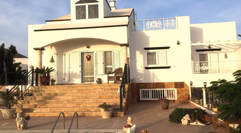 Villa in Tias for sale, casasblancasproperties.com