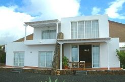modern house for sale in Conil, casasblancasproperties.com