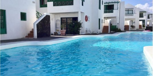 fully renovated two bedroom apartment in Puerto del Carmen, ref. 0308