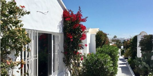 Really nice bungalow for sale in Pto.del Carmen, ref. 0251
