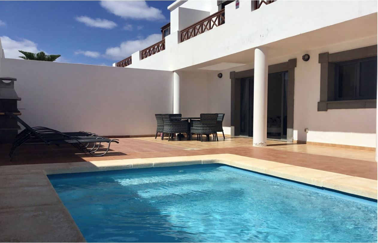 Semi-detached property in Playa Blanca, ref. 0304