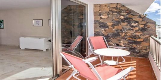 immaculate one bedroom apartment in Puerto del Carmen, ref.0323