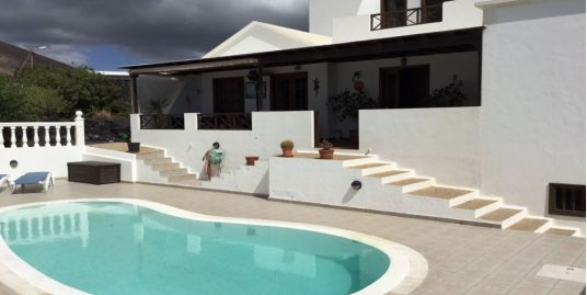 Large house for sale in Tias, ref. 0332