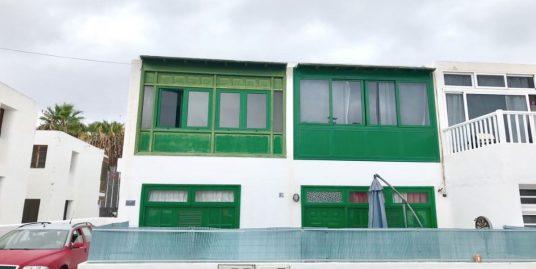 Great location in Puerto del Carmen, ref. 0340