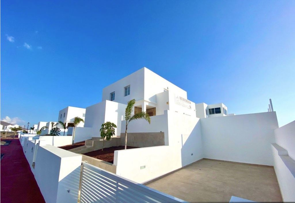 2 bedroom bungalow in Playa Blanca for sale, ref. 0370