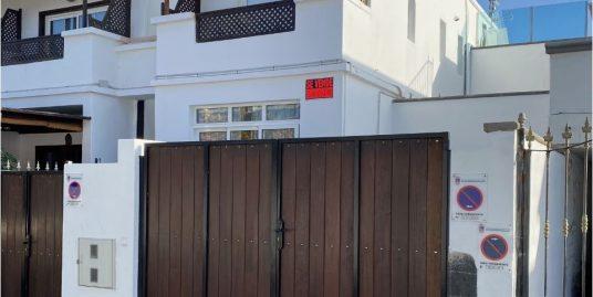 Playa Chica duplex for sale , ref. 0366