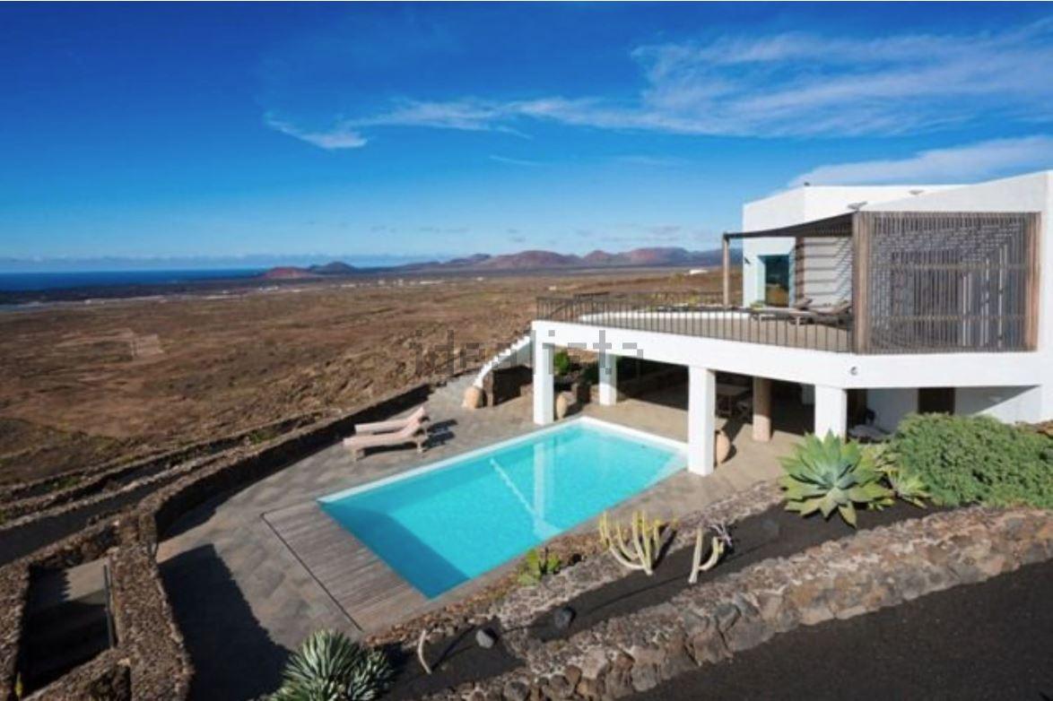 Fantastic modern property in Las Breñas. ref. 0383