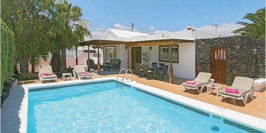 Villa for sale in Risco Prieto, ref. 0394