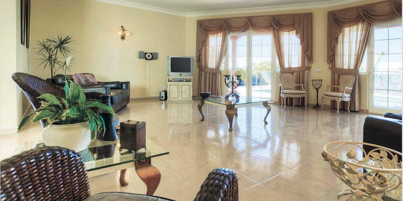 villa Touch of Class 2
