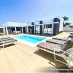 luxury3bedroomvillaforsaleinpuertodelcarmencasasblancas