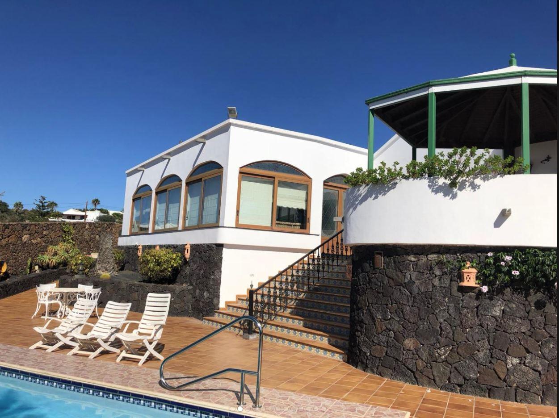 Villa for sale in Tias, ref. 0406